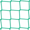 Siatki Gorzów Wlkp - Piłkochwyt do hal sportowych Profesjonalne piłkochwyty o rozmiarze oczek 4,5 x 4,5 cm i grubości siatki 3 mm sprawdzą się jako zabezpieczenie na salę gimnastyczną, ale nie tylko. Idealnie ochronią osoby stojące z boku boiska przed lecącą w ich stronę piłką. Wykorzystywane do zabezpieczenia boiska do gry w piłkę nożną, siatkową ręczną czy koszykówkę. Materiał jakim jest polipropylen to świetne zastosowanie ze względu na wysoką wytrzymałość i elastyczność. Ze względu na długą żywotność z powodzeniem będą służyć przez wiele lat.